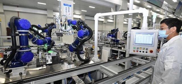 福建首个国产芯片整机生产基地在福州投产