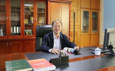 """福建""""超牛""""董事长:白手起家研发""""中国芯"""",年销售收入近200亿,产销量世界第一!"""